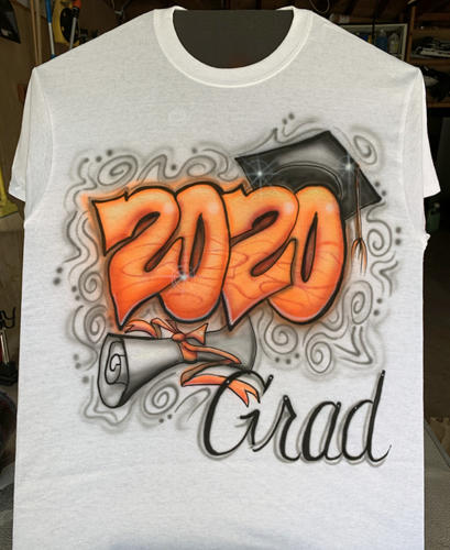 2020 Delano High School colors graduate